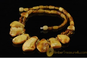 BUTTER & HONEY COLOR Genuine BALTIC AMBER Choker
