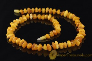 ANTIQUE Knotted BUTTERSCOTCH Pieces BALTIC AMBER Necklace