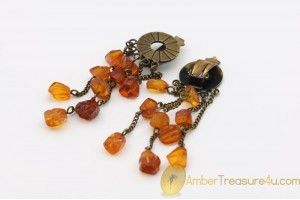 Vintage BALTIC AMBER Clip on Dangle Earrings