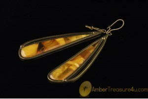 Vintage BALTIC AMBER Dangle Earrings