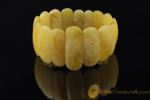 Large Butter Color  Genuine BALTIC AMBER Stretch Bracelet