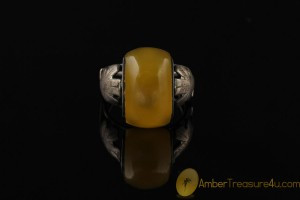 VINTAGE Butterscotch Genuine BALTIC AMBER Silver Ring 7.25 - 17.5
