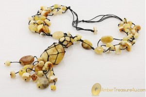 Great Color & Design Massive Genuine BALTIC AMBER Necklace